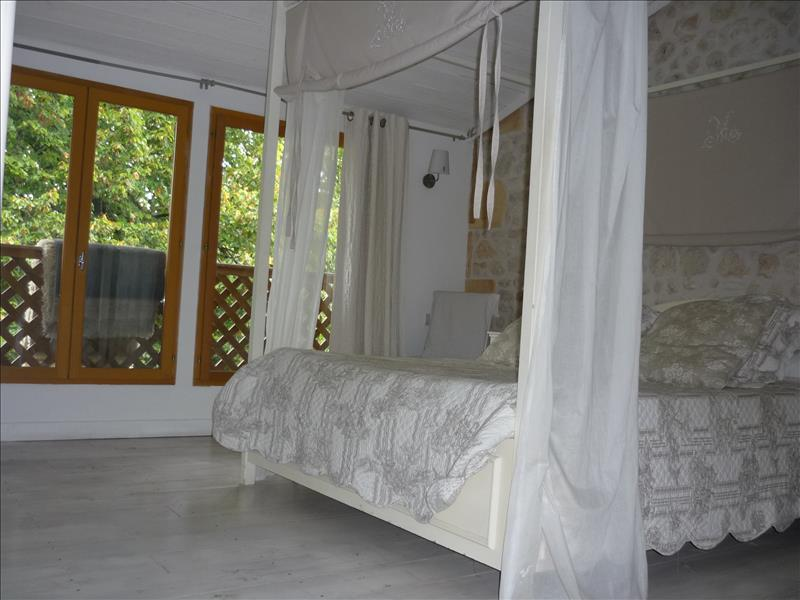 Maison MOULIS EN MEDOC - (33)