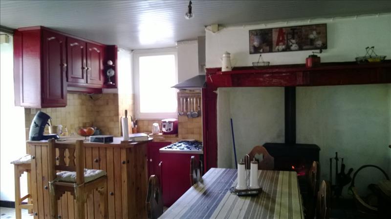 Maison SARRAZAC - 4 pièces  -   130 m²