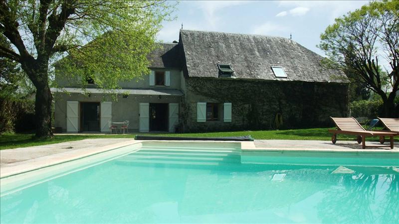 Maison VAYRAC - 6 pièces  -   175 m²