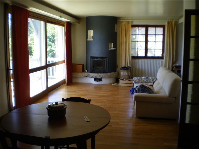 Maison ALBUSSAC - 6 pièces  -   127 m²
