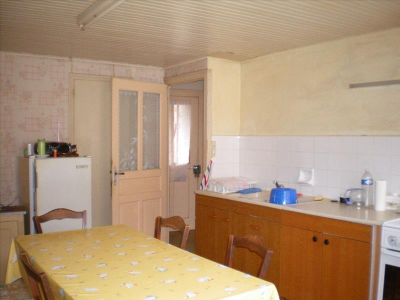 Maison ASTAILLAC - 6 pièces  -   118 m²
