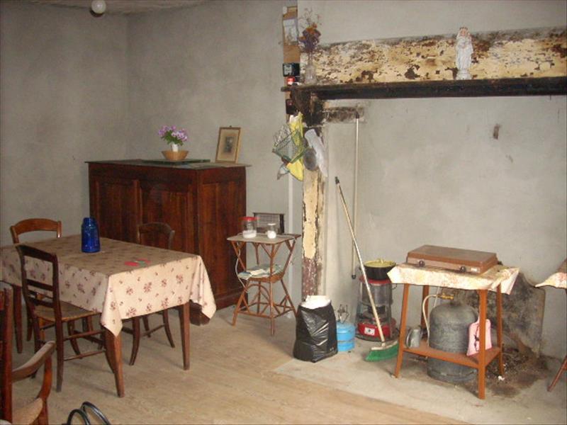 Maison BEAULIEU SUR DORDOGNE - 2 pièces  -   86 m²