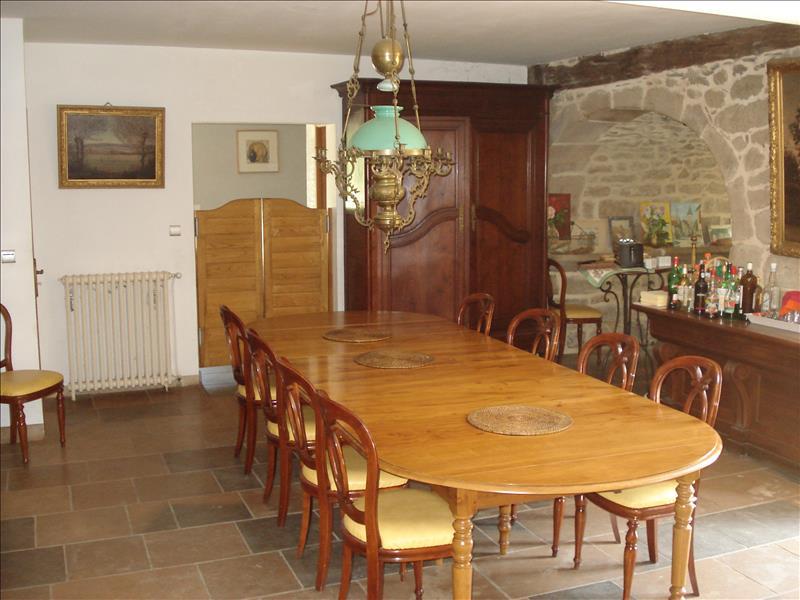 Maison CAMPS ST MATHURIN LEOBAZEL - 17 pièces  -   380 m²
