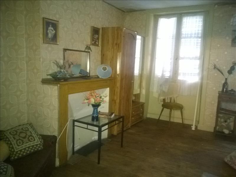 Maison BEAULIEU SUR DORDOGNE - 9 pièces  -   150 m²