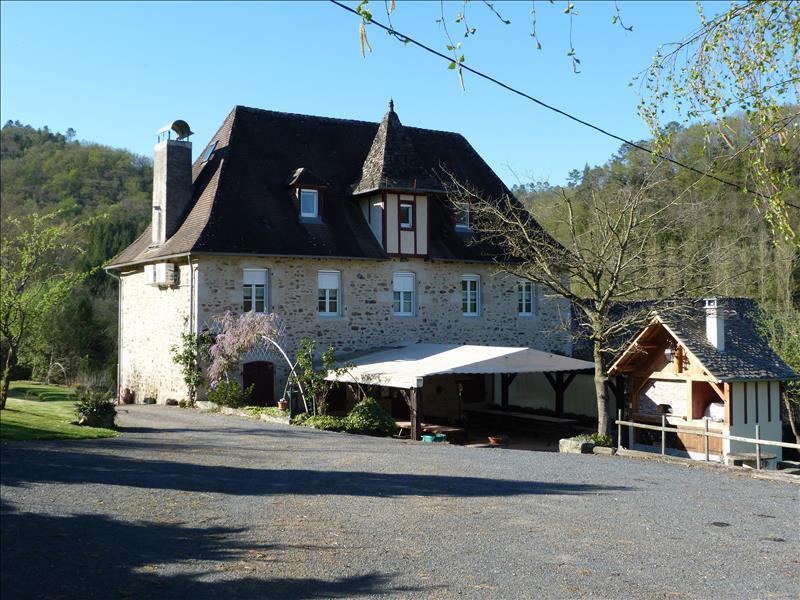 Vente Maison MONCEAUX SUR DORDOGNE (19400) - 11 pièces 218 m²