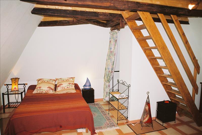 Maison MONCEAUX SUR DORDOGNE - 11 pièces  -   218 m²