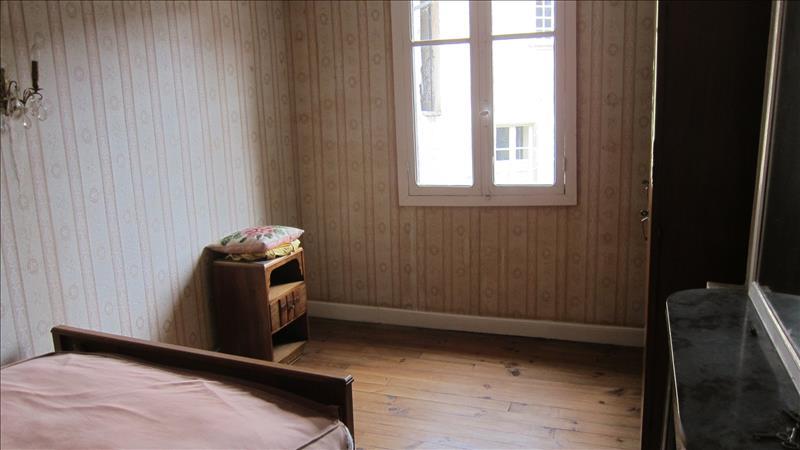 Maison BEAULIEU SUR DORDOGNE - 5 pièces  -   118 m²