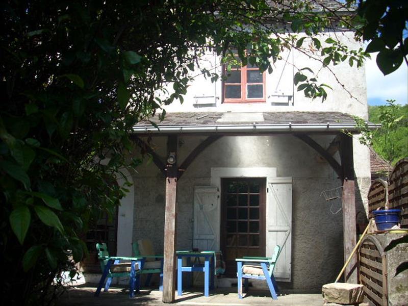 Maison BRIVEZAC - 4 pièces  -   110 m²
