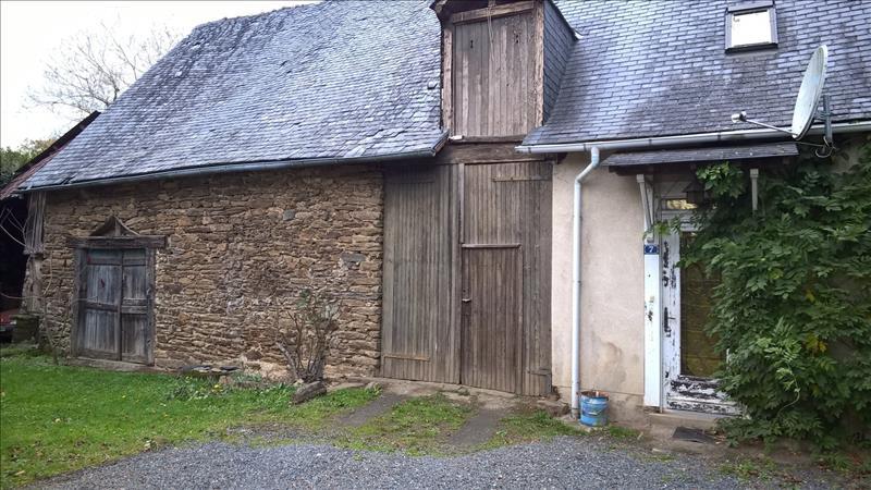 Maison UZERCHE - 3 pièces  -   60 m²