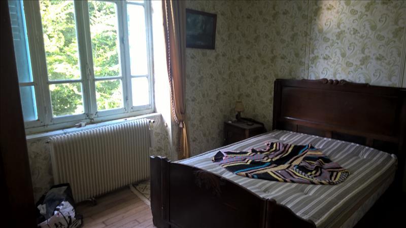 Maison ST JAL - 5 pièces  -   106 m²