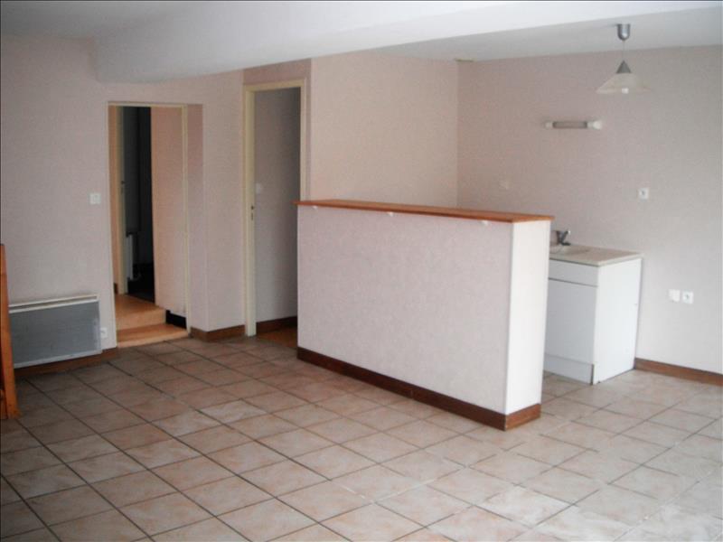 Maison COURCON - 8 pièces  -   169 m²