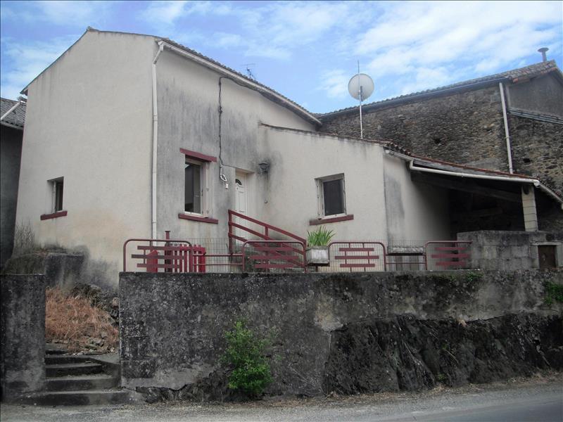Maison LE BUSSEAU - (79)
