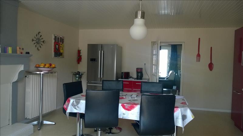 Maison ST HILAIRE LA PALUD - 18 pièces  -   310 m²