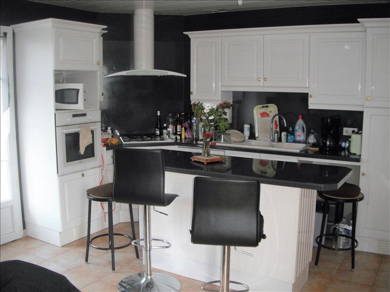 Maison AMURE - 25 pièces  -   420 m²