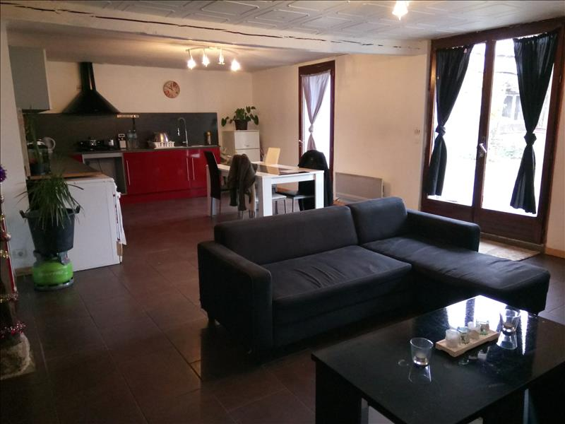 Vente Maison BERNAY ST MARTIN (17330) - 6 pièces - 160 m² -