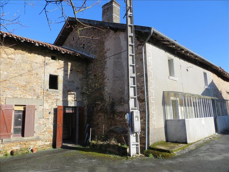 Maison CHAMPAGNAC LA RIVIERE - 6 pièces  -   142 m²