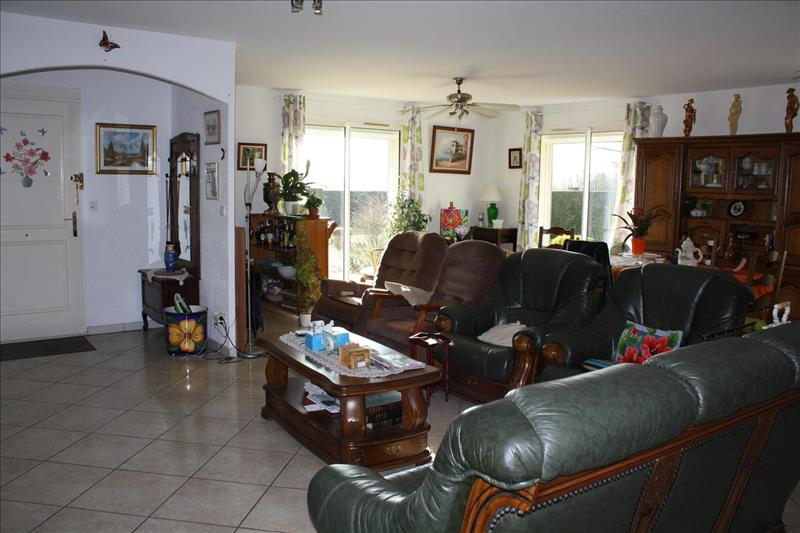 Vente Maison FLAVIGNAC (87230) - 8 pièces - 192 m² -