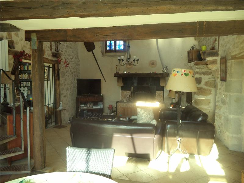 Maison FAYCELLES - 7 pièces  -   180 m²
