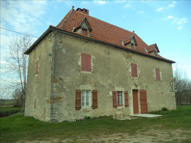 Maison  - 5 pièces    - 164 m² - VILLENEUVE (12)