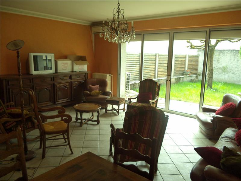 Maison BAGNAC SUR CELE - 8 pièces  -   225 m²