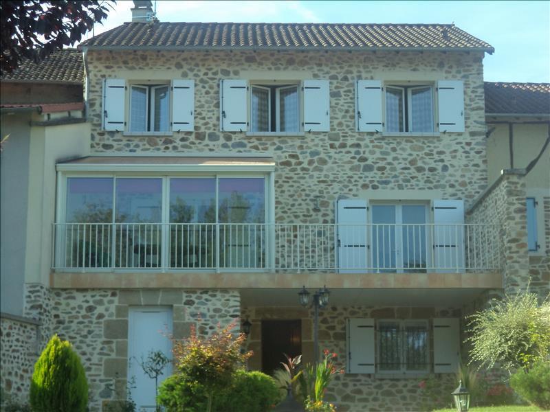 Maison ST CONSTANT - 6 pièces  -   210 m²