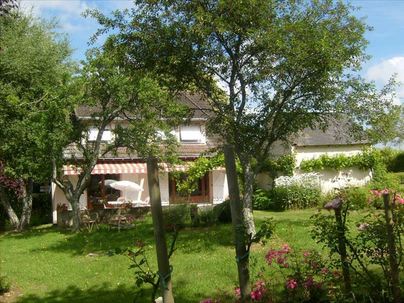 Maison MEASNES - 4 pièces  -   133 m²