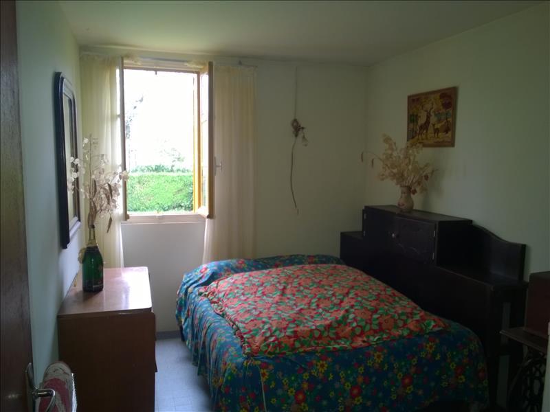 Maison LOURDOUEIX ST PIERRE - 5 pièces  -   81 m²