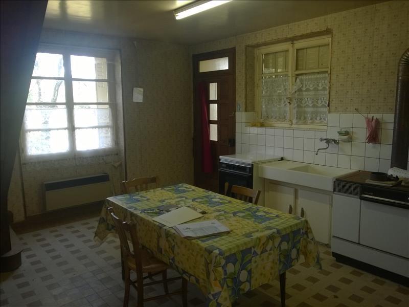 Maison MONTCHEVRIER - 4 pièces  -   66 m²