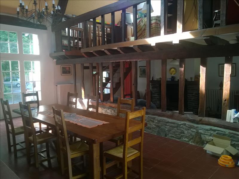Maison FRESSELINES - 8 pièces  -   192 m²
