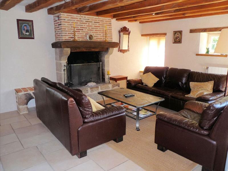 Maison CREVANT - 5 pièces  -   176 m²