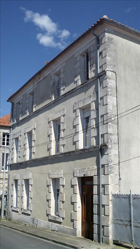 Maison ROUILLAC - 5 pièces  -   120 m²