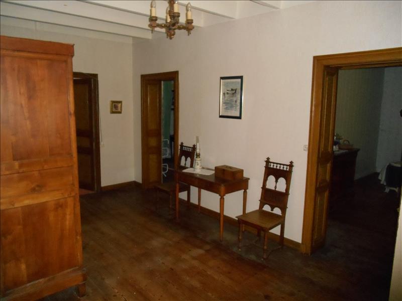 Maison GOURVILLE - 9 pièces  -   225 m²