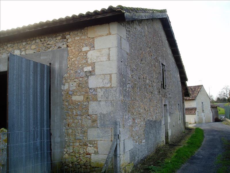 Maison MONTLIEU LA GARDE - 1 pièce  -   176 m²