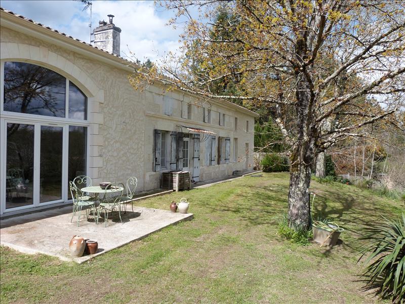 Maison ST PIERRE DU PALAIS - 4 pièces  -   230 m²