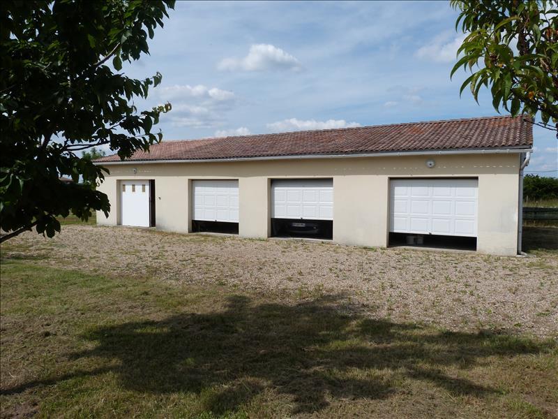 Maison LE FOUILLOUX - (17)
