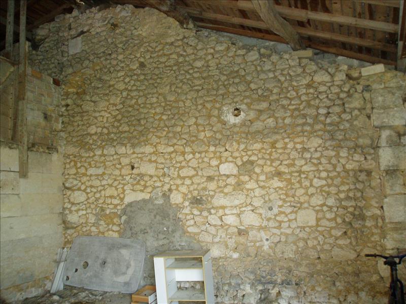 Grange MONTLIEU LA GARDE -  -   163 m²