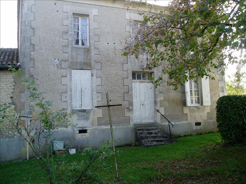 Maison CHEVANCEAUX - (17)