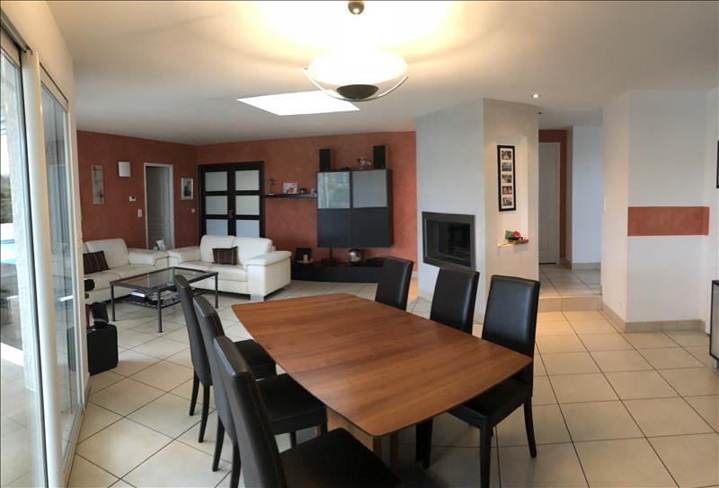 Maison  - 6 pièces    - 161 m² - LA SALVETAT ST GILLES (31)