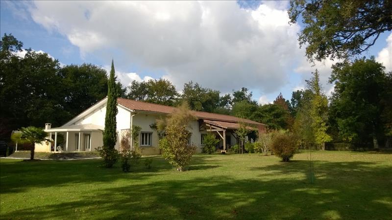 Vente Maison CAPTIEUX (33840) - 5 pièces 186 m²
