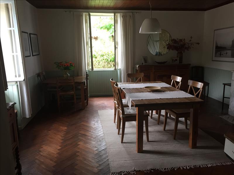 Maison NOAILLAN - 8 pièces  -   190 m²