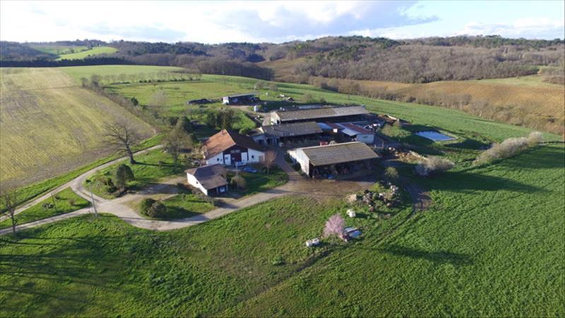 Vente Maison SIGALENS (33690) - 7 pièces 200 m²