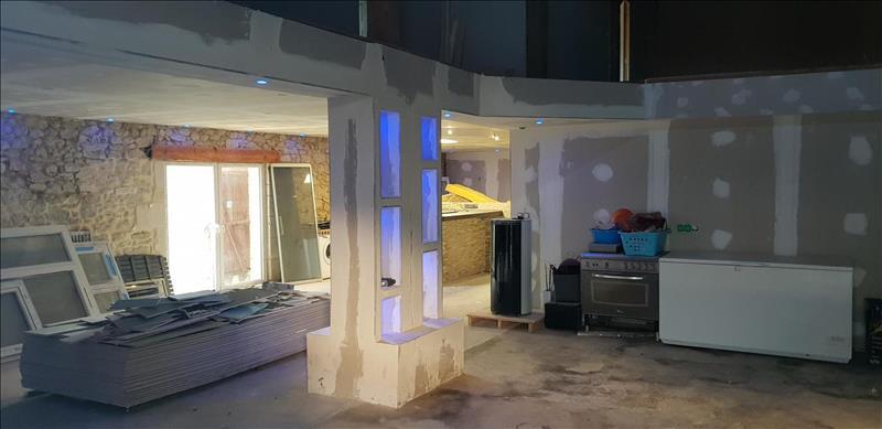 Vente Maison GANS (33430) - 8 pièces - 300 m² -