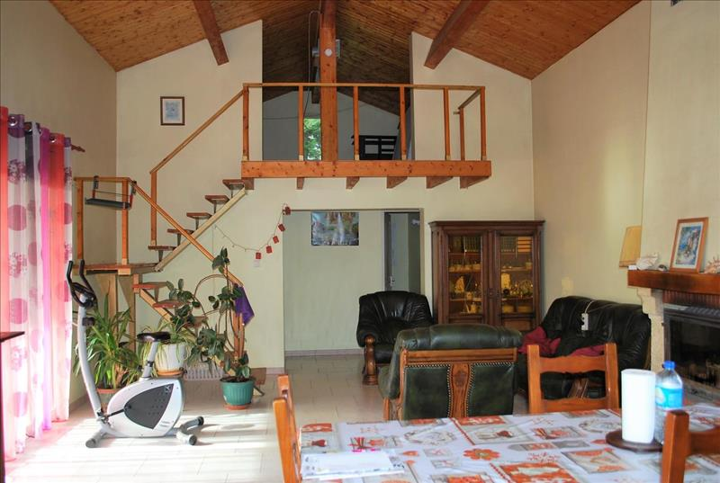 Vente Maison CASTELNAU BARBARENS (32450) - 3 pièces - 92 m² -