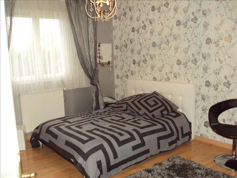 Maison CASTELSARRASIN - 5 pièces  -   137 m²