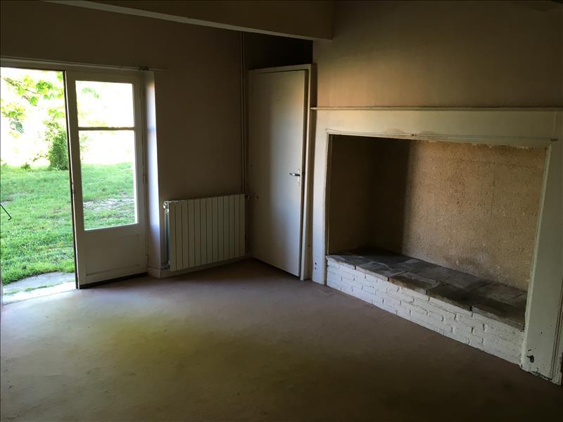 Maison BEAUMONT DE LOMAGNE - 7 pièces  -   120 m²