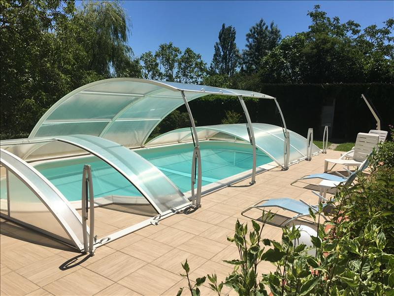 Maison BEAUMONT DE LOMAGNE - 10 pièces  -   224 m²