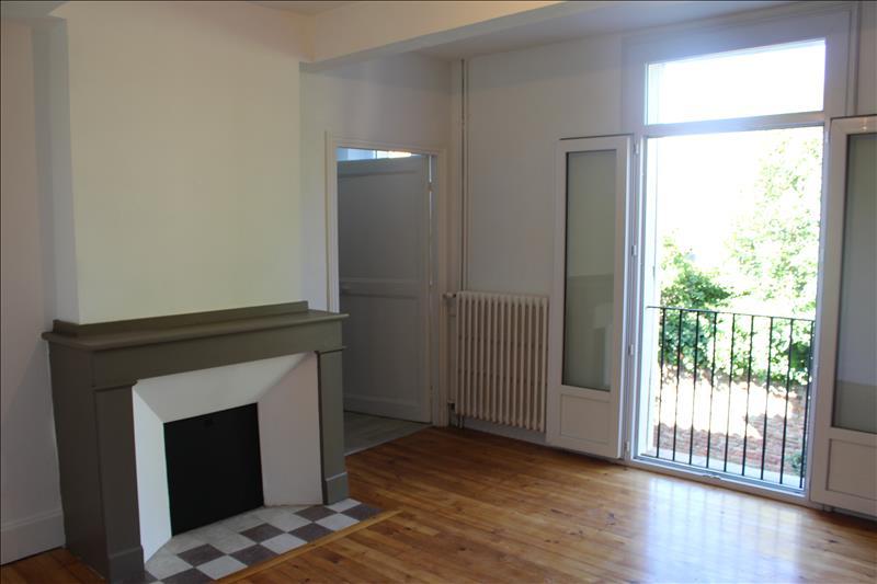 Maison BEAUMONT DE LOMAGNE - (82)