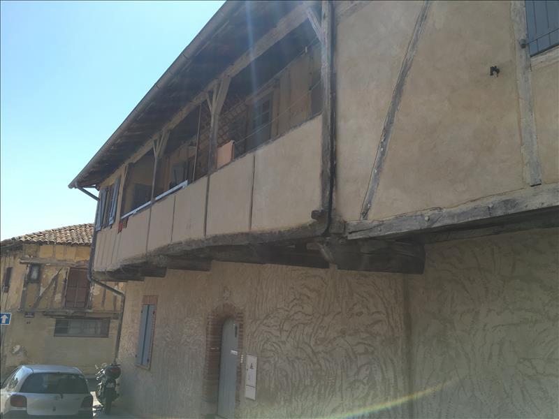 Appartement BEAUMONT DE LOMAGNE - 1 pièce  -   32 m²