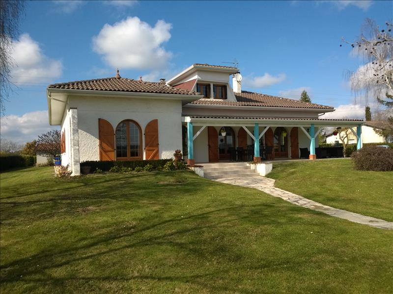 Vente Maison CAZERES (31220) - 6 pièces 206 m²