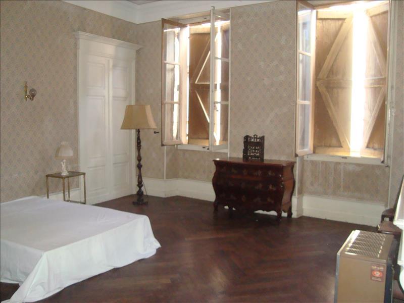 Maison LEZAT SUR LEZE - 16 pièces  -   430 m²